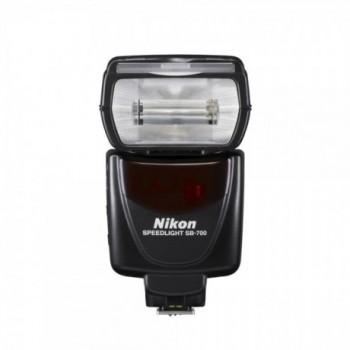 NIKON FLASH SB-700